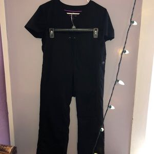 Scrub set ALL BLACK with pockets